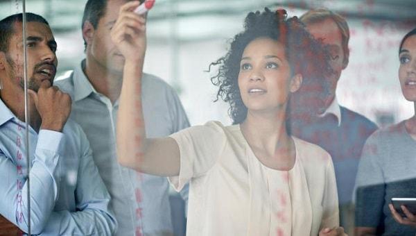 女性社員が企業成長・経営基盤強化のカギ? 7社の実例