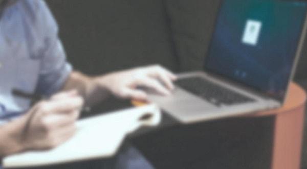 シニアのネットショッピング促進に必要な要素とは?