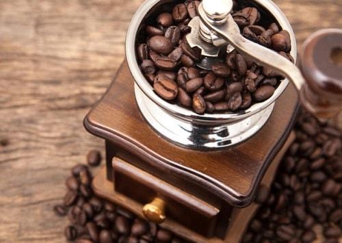 カフェインがお菓子の食べ過ぎ誘発?米国研究