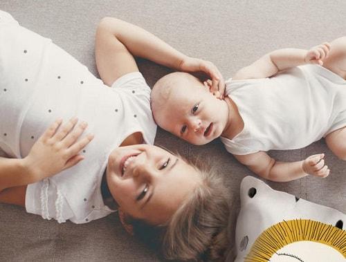 オイシックス×たまひよ、妊娠・産後ママの食事サポートサービス開始